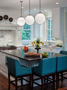 kitchen...WHITE WALLS, DARK COUNTERTOPS,TURQUOISE ACCENTS @DONNAQUARLES