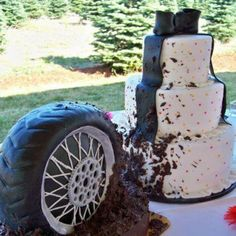 Funny wedding cake and grooms cake.