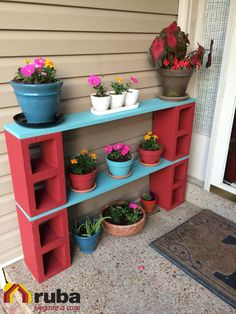 The BEST Garden Ideas and DIY Yard Projects! : Cinder Block Plant Stand…these are awesome Garden & DIY Yard Ideas! Cinder Block Plant Stand…these are awesome Garden & DIY Yard Ideas! Cinder Block Plant Stand…these are awesome Garden & DIY Yard Ideas! Porch Ornaments, Diy Terrasse, Diy Porch, Porch Table, Diy Table, Patio Tables, Dining Table, Summer Porch Decor, Teak Table