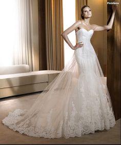 Pronovias 'Finisterre' size 6 used wedding dress - Nearly Newlywed