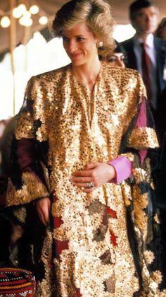 Princess Diana, March 1989. #thoub #kuwait