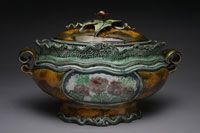 Studio Potter Magazine:  Work by Gail Kendall.