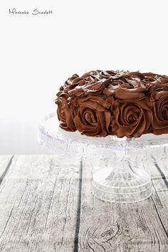 Chocolate coconut cake tarta