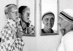 Claude Cahun and Marcel Moore, self-portraits, circa 1920 Saint Helier, Marcel, Persona, Cindy Sherman, Kooples, History Of Photography, Gender Bender, French Photographers, Claude