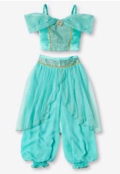 Jasmine is my favorite princess, so my little girl will undoubtedly have a Princess Jasmine costume ; Jasmine Costume Girls, Disney Jasmine Costume, Princess Jasmine Costume, Princess Costumes, Pirate Halloween Costumes, Couple Halloween Costumes For Adults, Costumes For Teens, Couple Costumes, Adult Costumes