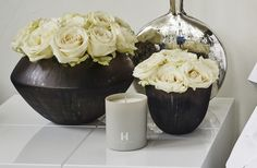 Scent One Off White Candle. Kelly Hoppen, bathroom inspiration. The Kelly Hoppen Crosswater bathrooms range is available from UK Bathrooms, just drop us an email: sales@ukbathrooms.com