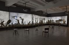 More Sweetly Play the Dance par William Kentridge