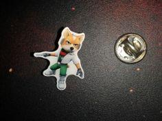 Gamescom 2011 Nintendo 3DS promo Pins Starfox 64 3D Fox McCloud SELTEN & RAR