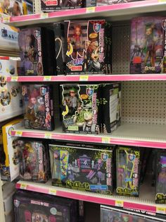 Ghouls alive Toralei and Deuce at Walmart in Canada source is Ammoncrimmson I think New Monster High Dolls, New Dolls, Pinball, Arcade Games, Walmart, Canada, At Walmart
