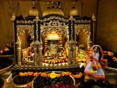 Aindra Prabhu's altar in Vrindavan
