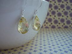 JONQUIL AND STERLING SILVER, VINTAGE RHINESTONE EARRINGS.  943 £9.99