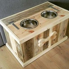 Very beautiful Dog Bowl Water Food - dog supplies made of recycled pallets