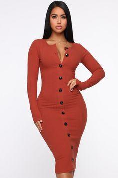 Don't Press Your Luck Ribbed Midi Dress - Rust – Fashion Nova Summer Work Outfits, Long Sleeve Midi Dress, Dress Long, Spring Dresses, The Dress, Lady, Beautiful Dresses, Awesome Dresses, Tumblr Boys