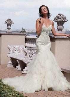 Buy discount Fabulous Tulle Spaghetti Straps Neckline Mermaid Wedding Dresses with Lace Appliques at Dressilyme.com