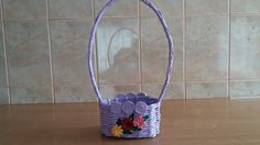 Cosulet oval cu crizanteme --Oval basket with chrysanthemums