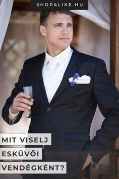 Meghívást kaptál egy esküvőre, és nem tudod, mit vegyél fel? A megfelelő viselet nagyban függ a házasságkötés helyszínétől, a házaspár öltözetétől és az általános esküvői dress code-tól. Ha egyházi esküvőre vagy hivatalos, akkor a ruhádnak is meglehetősen ünnepinek illik lennie. Ha egy kerti esküvőre kapsz meghívást, elég lesz egy lezseren elegáns szettel készülnöd. Tippjeink segítségével gyerekjáték lesz megtalálni a legjobb outfitet. #esküvő #esküvőivendég #alkalmiöltözet #férfidivat Suit Jacket, Breast, Suits, Outfit, Jackets, Outdoor, Fashion, Accessories, Fashion Styles