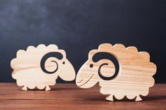 Wooden sheep decorative toy Present-gift / Ready to decorate-wooden natural -handmade Woodworking Toys, Woodworking Furniture, Woodworking Projects, Woodworking Beginner, Woodworking Organization, Intarsia Woodworking, Woodworking Supplies, Woodworking Workshop, Wooden Crafts