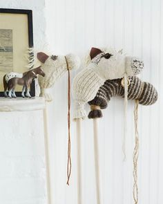 Sock Hobby Horses - http://www.sweetpaulmag.com/crafts/sock-hobby-horses #sweetpaul