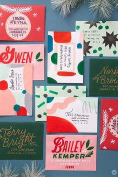 Christmas mail art: 4 ways to decorate a big, beautiful stack of envelopes Hand Lettering Envelopes, Mail Art Envelopes, Send Christmas Cards, Christmas Mail, Envelope Art, Envelope Design, Stamp Making, Card Making, Pen Pal Letters