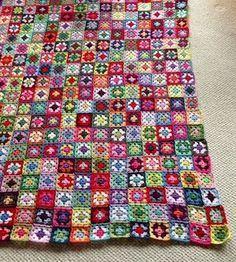 Crochet mini granny squares