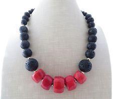 Collana corallo rosso, girocollo in lava nera vulcanica, gioielli pietre dure