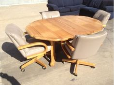 Table And 4 Chairs   $125 (n Wichita)    I Have An Oak