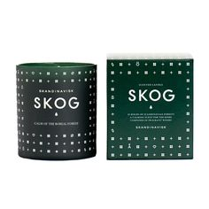 The Skogg Scented Candle is inspired by Scandinavian forests and has blends of Pine, fir, aged leather & woodland lily of the valley.