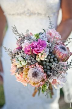 Stunning Vintage Bouquet. The Proteas are astonishingly beautiful.