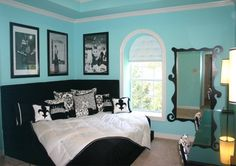 Tiffany Blue bedroom ❤ love the corner bed and the mirror too! my dream bedroom Tiffany Inspired Bedroom, Tiffany Blue Bedroom, Tiffany Room, Blue Teen Bedrooms, Teen Girl Rooms, Girl Bedrooms, Trendy Bedroom, White Bedrooms, Small Bedrooms