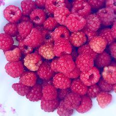 Raspberry ❤️ Raspberry, Fruit, Food, Essen, Meals, Raspberries, Yemek, Eten