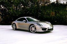 artoftheautomobile:  Porsche 911 Carrera S (991)  Para saber más sobre los coches no olvides visitar marcasdecoches.org