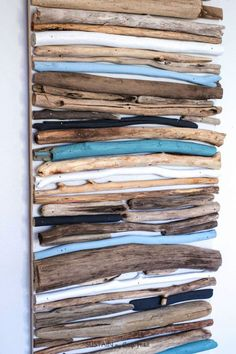 DIY Coastal Decor - Painted Driftwood Wall Art | Drift wood craft project | Lake house or cottage decorating idea | Cheap driftwood decor