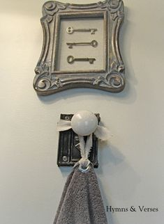 Hometalk :: 20 ways to use Vintage Door Knobs :: Geniece G Schaber's clipboard on Hometalk
