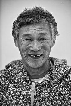Valery Vykvyragtyrgyrgyn, the Great Carver. Chukotka. Photo © 2013 Galya Morrell