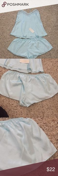 Women's nightwear Bridal blue nightwear, small stain on right back side, would probably come out with a tide pen or warm water flora Intimates & Sleepwear Pajamas