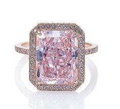 Pink diamond ring. Lev Leviev