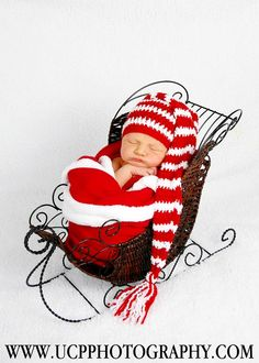 How adorable! I have this same exact sleigh. Now I just need a newborn.. HMMM