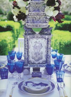 Mark Sikes | Carolyn Roehm | Blue & White Inspiration