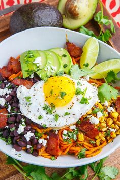 A recipe for Chipotle Sweet Potato Noodle Bowl : Chipotle sweet potato noodle bowls with black beans, corn, avocado and fried eggs with runny yolks! Spiralizer Recipes, Pasta Recipes, Cooking Recipes, Noodle Recipes, Chipotle, Cilantro, Feta, Clean Eating, Healthy Eating