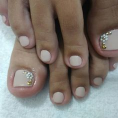 Unhas do Pé Decoradas 2186,  #unhasbonitas #UnhasDecoradasSimples #UnhasLindas, Toe Nail Art, Toe Nails, Toe Nail Designs, Hair Beauty, Ideas, Pretty Pedicures, Nail Colors, Nail Jewels, Perfect Nails