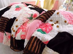 ... Brown Vintage Chenille Patchwork Throw Size Quilt Pink Frosting