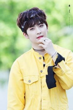 """160521 UP10TION Music Core Mini Fanmeeting Xiao Cr: PlanetX "" Do not edit"
