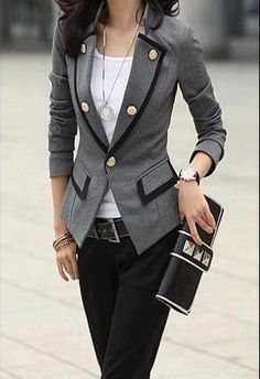 19 Trends In  Blazers- Women's Fashion 2013 - 3/4 sleeve. Buttoned thinnest part of waist, length of jacket frames entire look! Shape of pockets