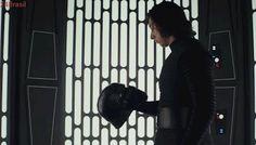 O homem por trás da máscara   Kylo Ren, vilão de Star Wars, vive crise como qualquer um aos 30 e poucos