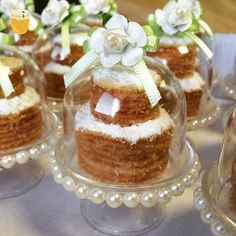 Nosso mini naked de bolo de rolo na linda cúpula decorada por @scrapbookmania. #boloderolo #nakedcake #gastronomiaemnatal #comerebeberemnatal #sobremesa #dessert #decor