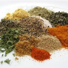 When you buy seasoning mixes in the grocery store, they control the amount of each ingredient. Make your own homemade seasoning mixes fixes that problem! Greek Seasoning, Seasoning Mixes, Baked Chicken Seasoning, Adobo Seasoning, Seasoning Recipe, Poultry Seasoning, Creole Seasoning, Chicken Spices, Chicken Dips