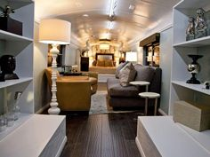 HGTV Star contestant Anne Rue transformed her school bus into a luxurious bedroom/living space. (http://www.hgtv.com/hgtv-star/hgtv-star-season-8-photo-highlights-from-episode-6/pictures/page-23.html?soc=Pinterest)