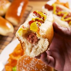 Hot Dog Buns, Hot Dogs, Mexican Food Recipes, Italian Recipes, Dog Bread, Hamburger Buns, Deli Food, Barbecue Recipes, Gastronomia