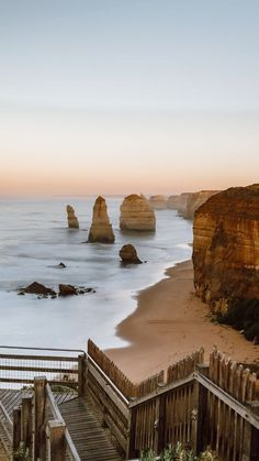Great Ocean Road Main Attractions day itinerary) - The Ginger Wanderlust Oh The Places You'll Go, Places To Travel, Places To Visit, Coast Australia, Australia Travel, Western Australia, Hostels, Australian Road Trip, Adventure Aesthetic