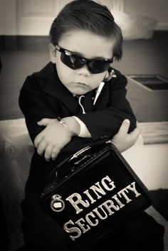 Ring Security #bearer #idea Like u on Facebook for contests and giveaways....... www.586eventgroup.com www.facebook.com/586eventgroup